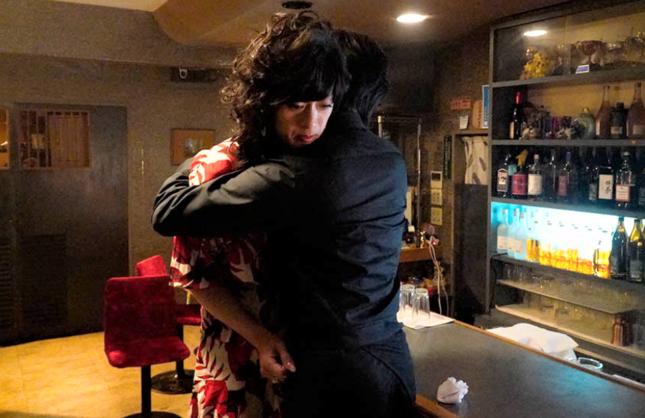 アケミさんと青山くんのハグシーンではドキドキしたという声も(テレビ東京の公式サイトより)