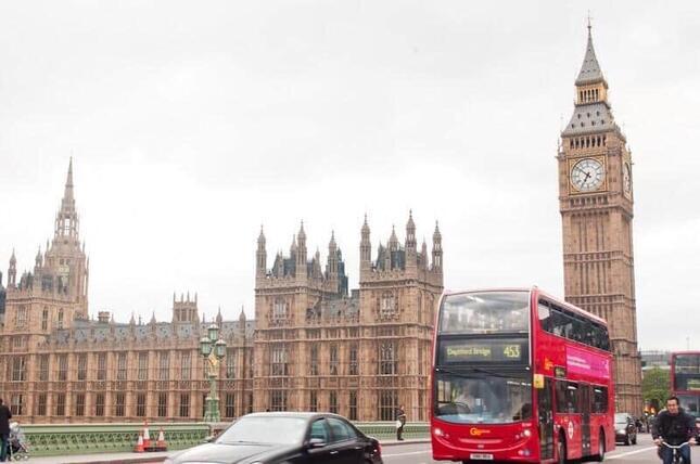 ロンドンで「ある観光ツアー」が