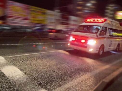 女性は自分で救急車を手配していた(写真はイメージです)