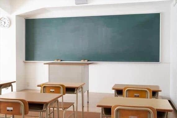 徹底した感染予防対策が求められる学校現場(写真はイメージです)