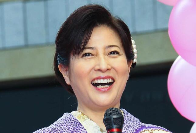 2013年当時の岡江久美子さん(写真:Pasya/アフロ)