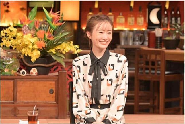 松本まりかさんがカレー愛を語った(TBSの「人生最高レストラン」番組サイトより)