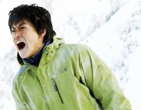 (C)2011 「岳 -ガク-」製作委員会 (C)2005 石塚真一/小学館