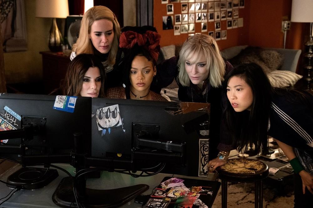 <オーシャンズ8>あの大窃盗団の「女子チーム」美貌と騙しで狙う166億円ネックレス!世界最大ファッション祭典に侵入