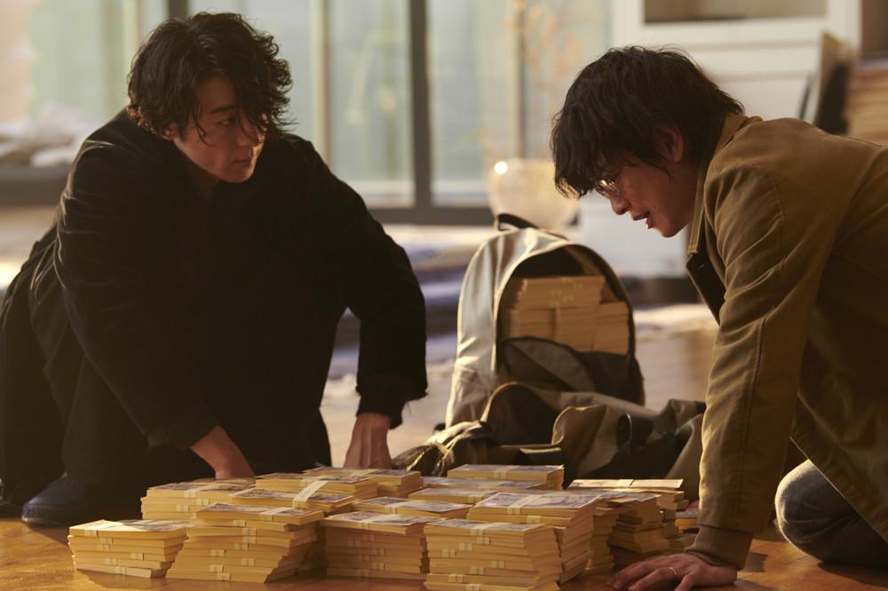 <億男>3億円の宝くじが当たったばっかりに・・・大金を前にしてさらけ出るそれぞれの本性