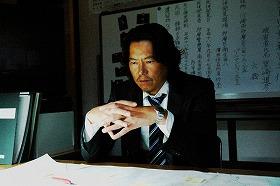 (C)2007「犯人に告ぐ」製作委員会