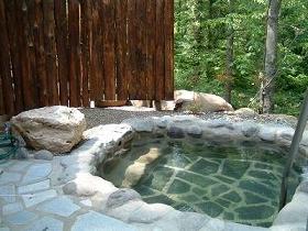 穴場の日帰り温泉施設「香の湯」。名前の通り…